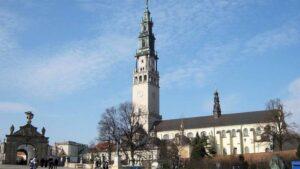 Klasztor na Jasnej Górze prace konserwatorskie elementów kamiennych