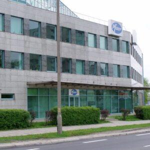 Warszawa ul.Rzymowskiego budynek biurowy elewacje z kamienia