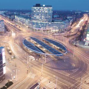 Wrocław Plac Grunwaldzki elewacje zewnętrzne, posadzki, wykończenia wewnętrzne