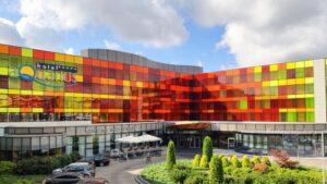 Hotel Aquarius elewacje z kamienia posadzki kamienne