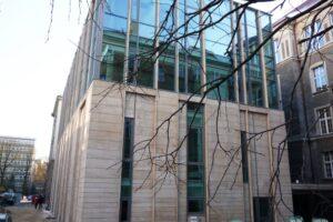 Poznań Biblioteka UAM elewacja z piaskowca