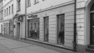 Kielce ul. Sienkiewicza budynek handlowo-usługowy