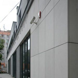 Bibilioteka Multimedialna ul.Tyniecka elewacja z kamienia