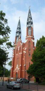 Sosnowiec Kościół św. Tomasza elewacje z kamienia