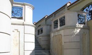Balustrada z piaskowca schody z piaskowca