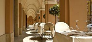 Hotel Le Regina prace konserwatorskie w kamieniu posadzki kamienne