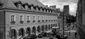 Warszawa Hotel Le Regina prace konserwatorskie w kamieniu